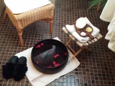 thaispamassage-voetenbad-2.jpg